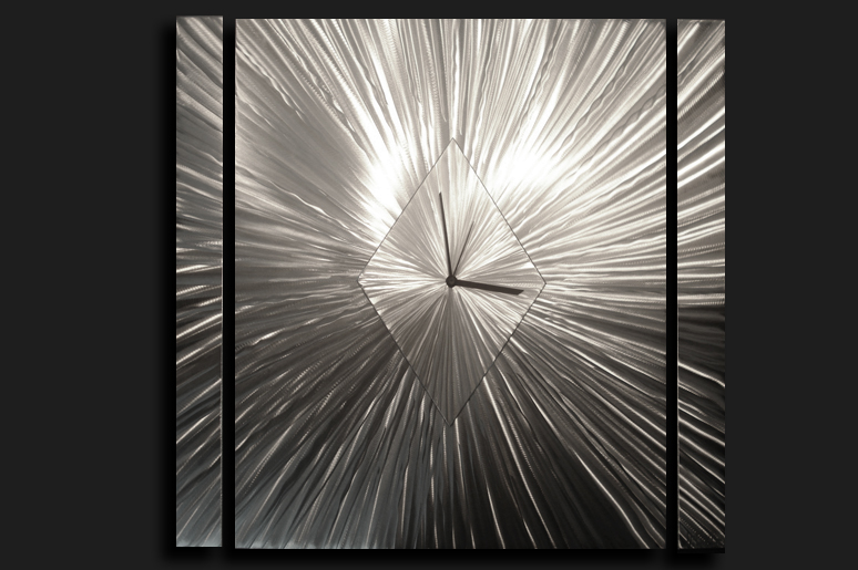 SUTTON CLOCK - Contemporary Decor by Nicholas Yust