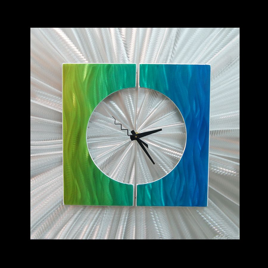 SPLICE CLOCK GREEN - Contemporary Decor by Nicholas Yust